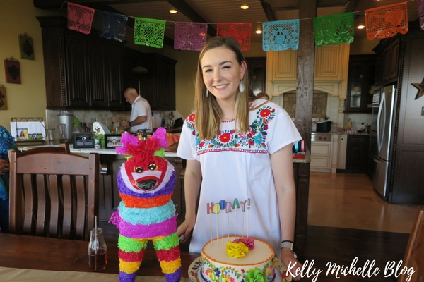 How to Throw a Fiesta Themed Party- decorations