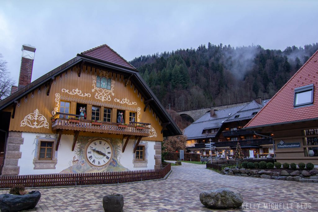 Store shaped like a Black Forest German clock.